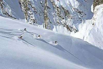 gallery_large_Harris Mountains Heli Ski